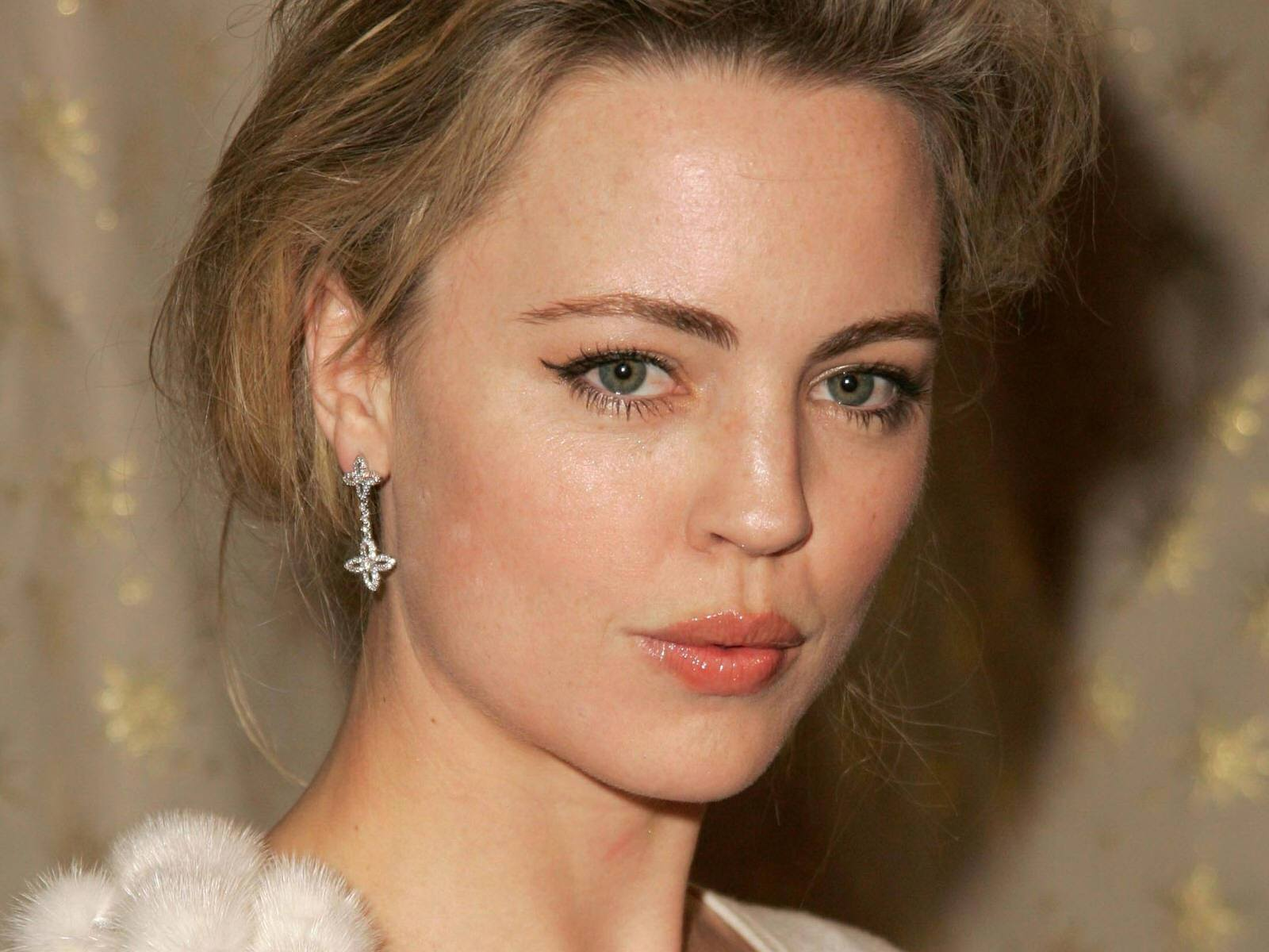 Melissa George Widescreen for desktop