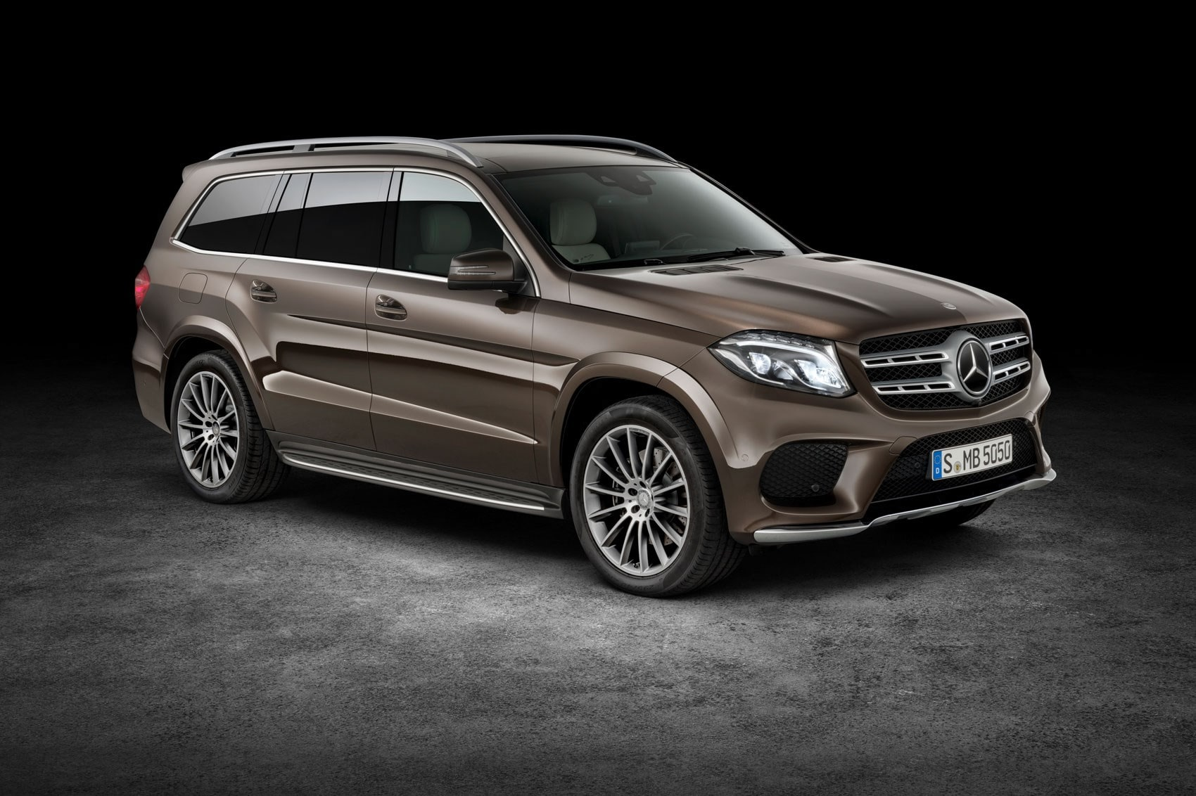 Mercedes GLS Pictures