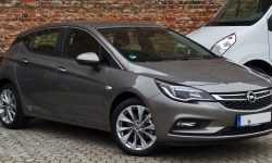 Opel Astra K Pictures