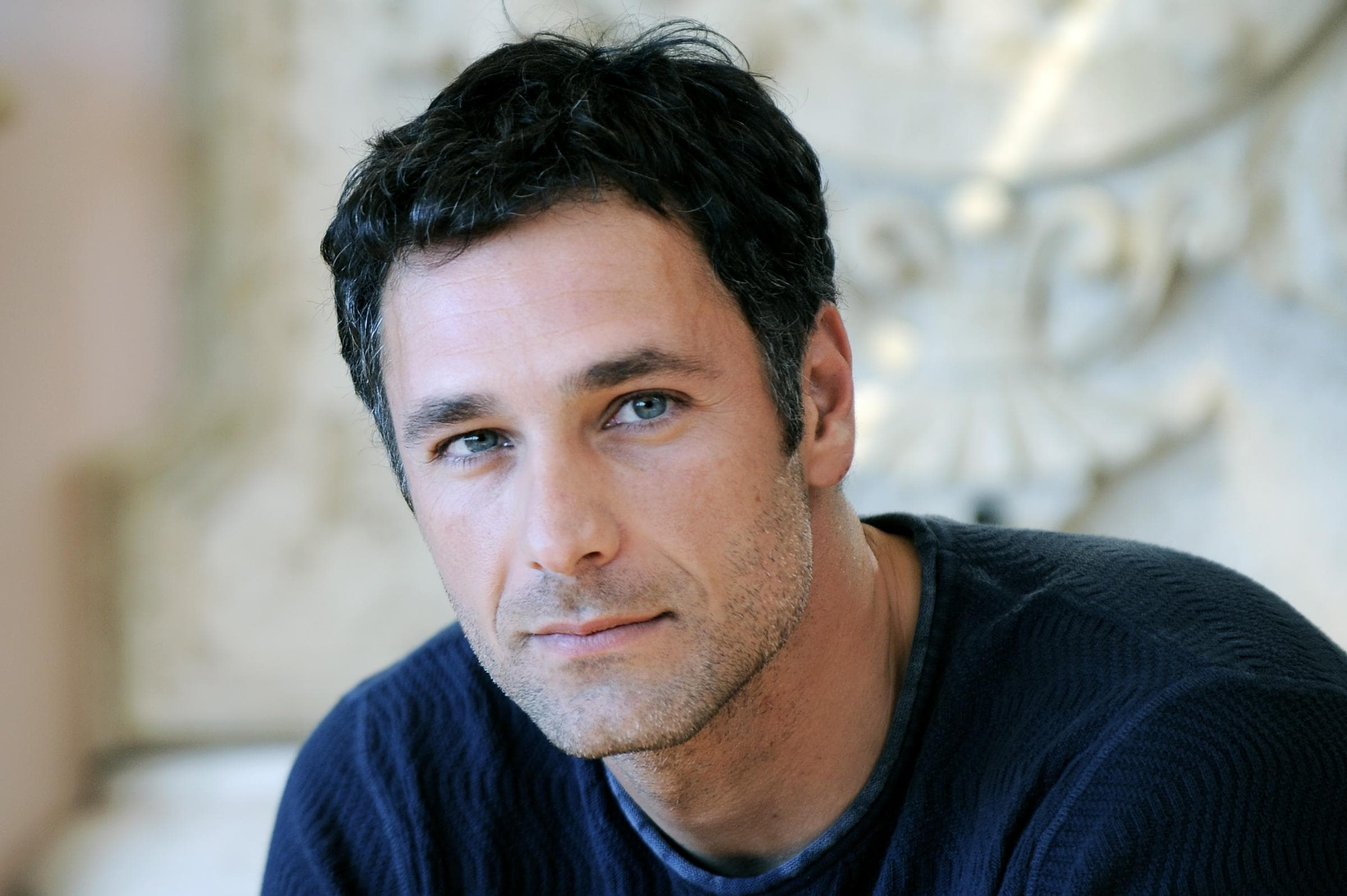 Raoul Bova Pictures