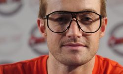 Robert Buckley Pictures