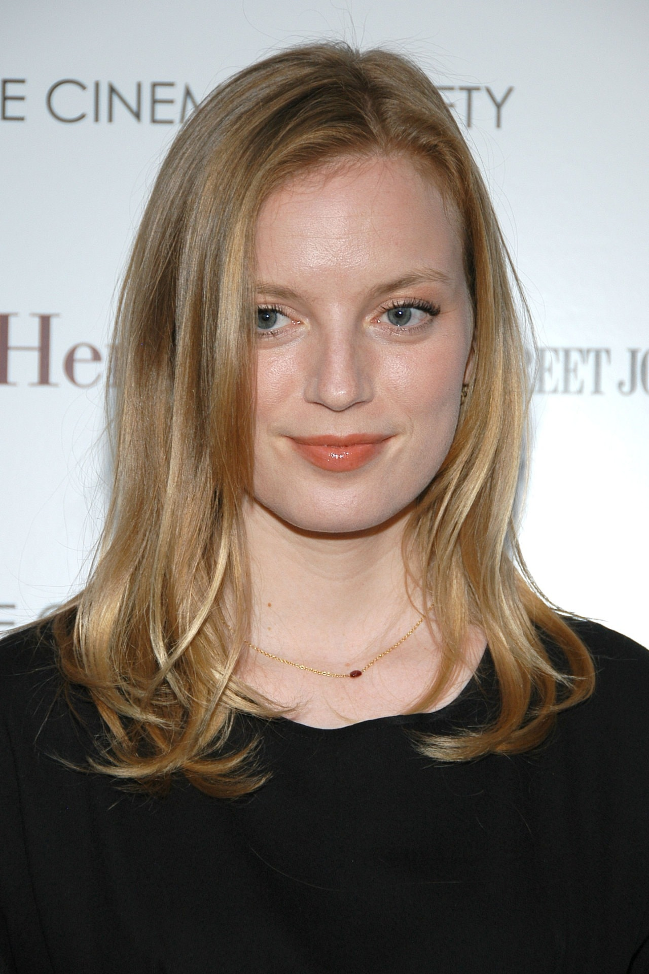 Sarah Polley Pictures