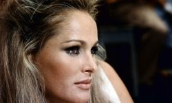 Ursula Andress Pictures