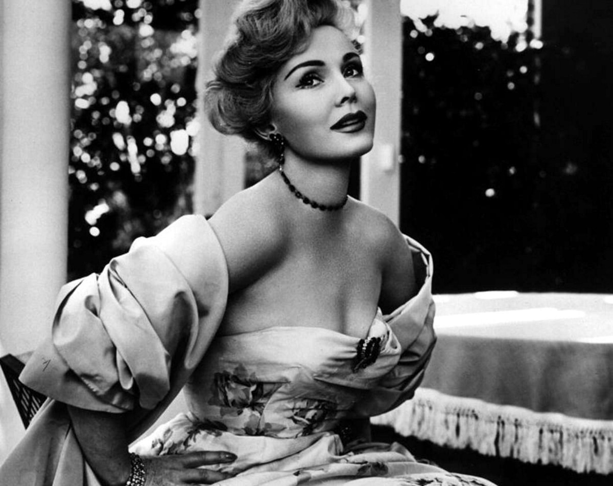 Zsa Zsa Gabor Pictures