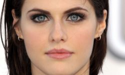 Alexandra Daddario HQ wallpapers