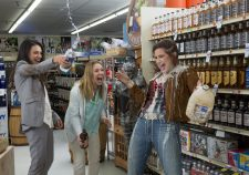 Bad Moms HQ wallpapers