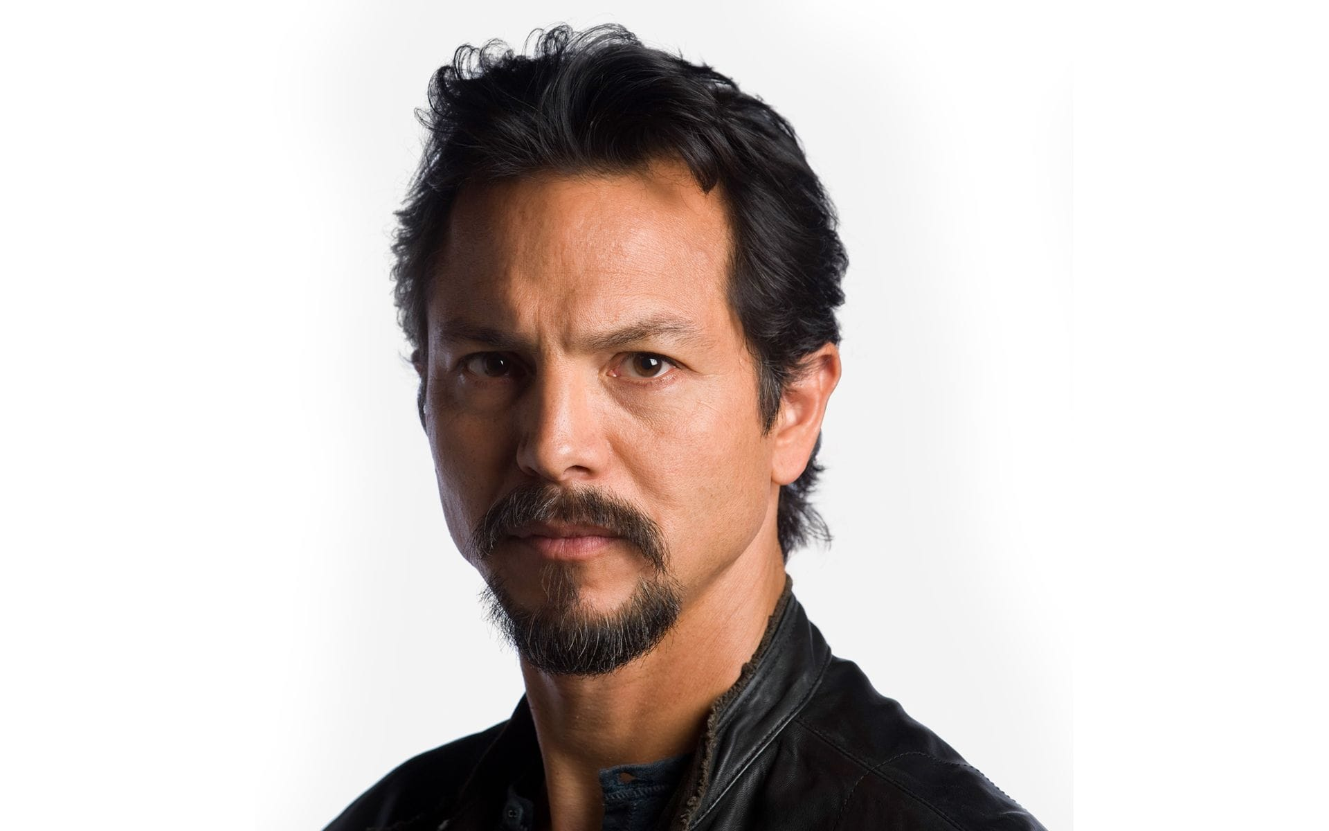 Benjamin Bratt Desktop wallpapers