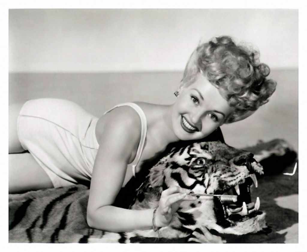 Betty Grable HQ wallpapers