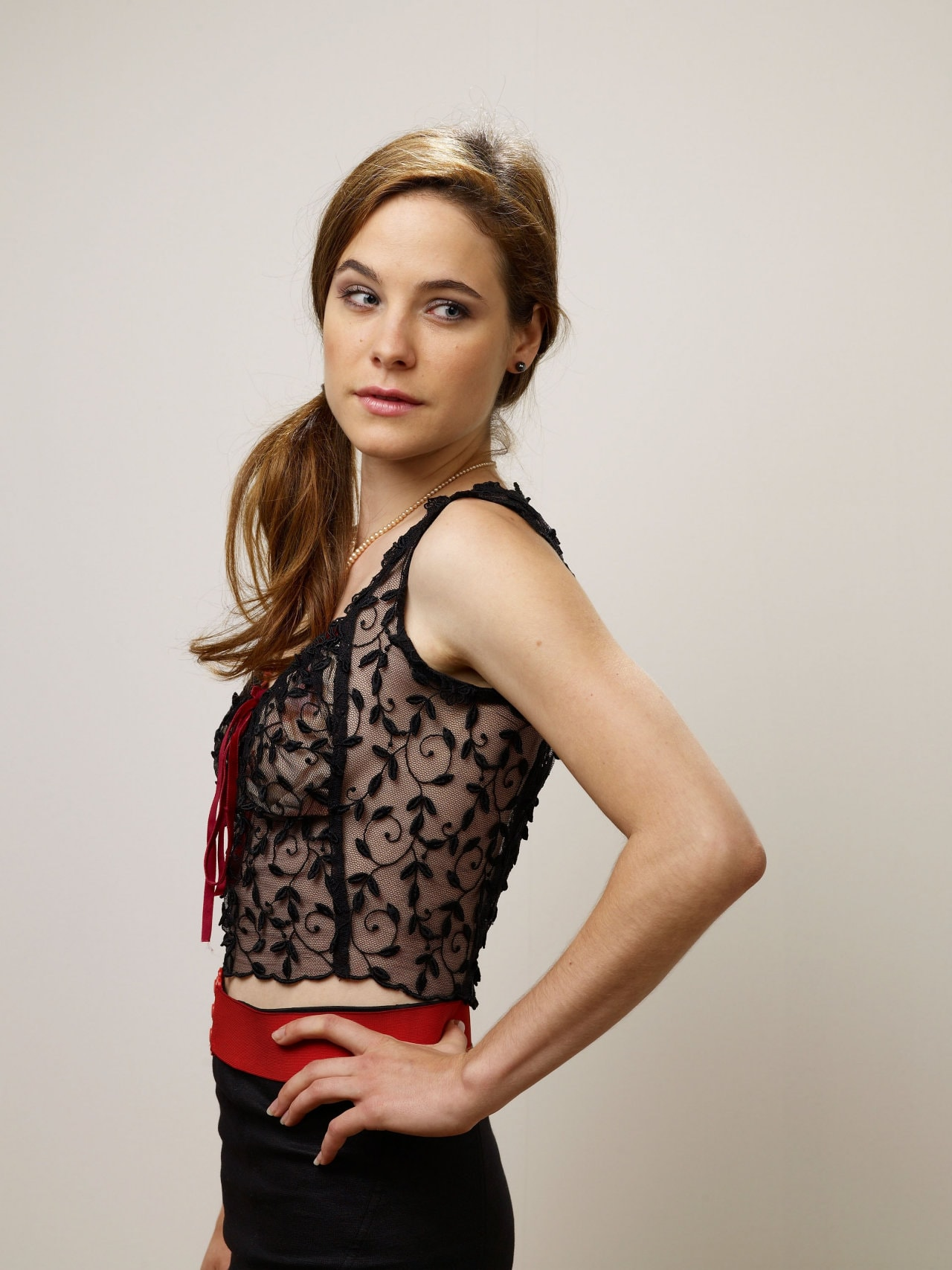 Caroline Dhavernas HQ wallpapers