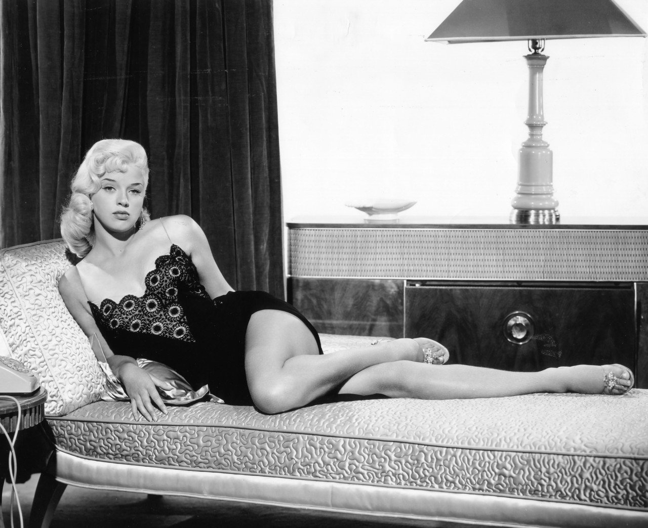 Diana Dors HQ wallpapers
