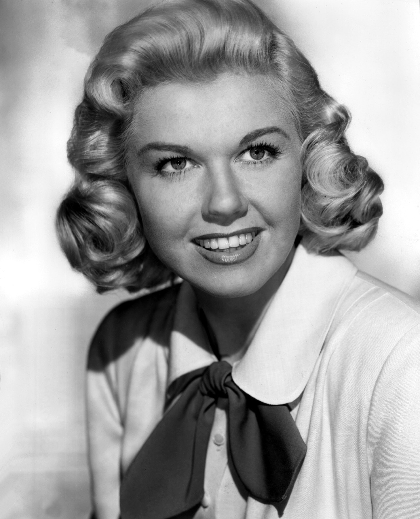 Doris Day HQ wallpapers