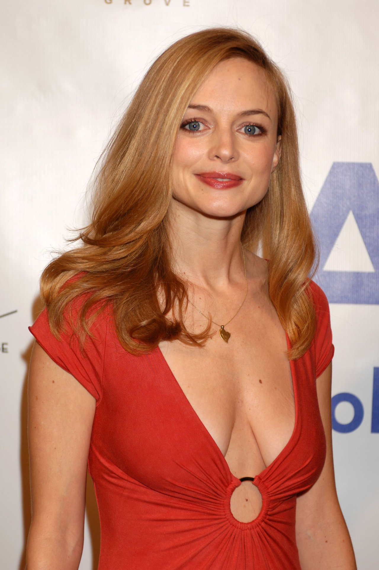 Heather Graham HQ wallpapers