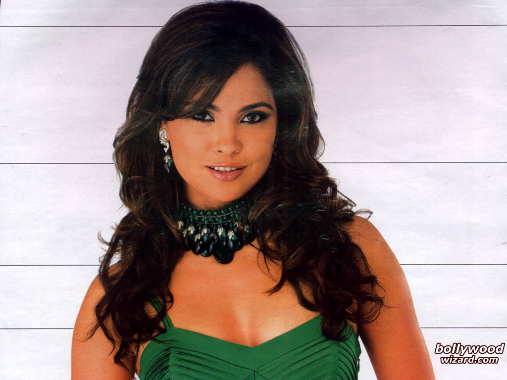Lara Dutta HQ wallpapers