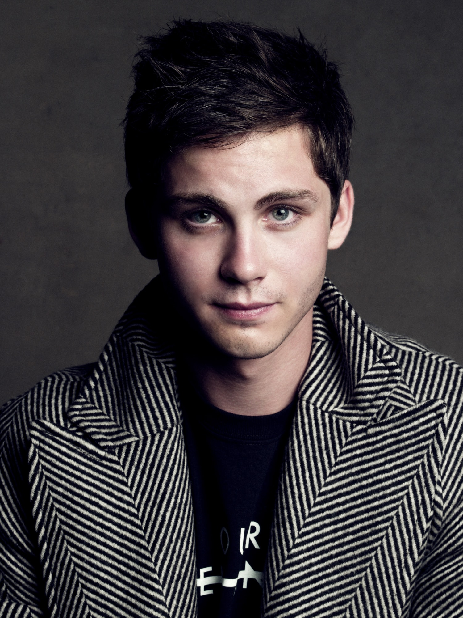 Logan Lerman HQ wallpapers