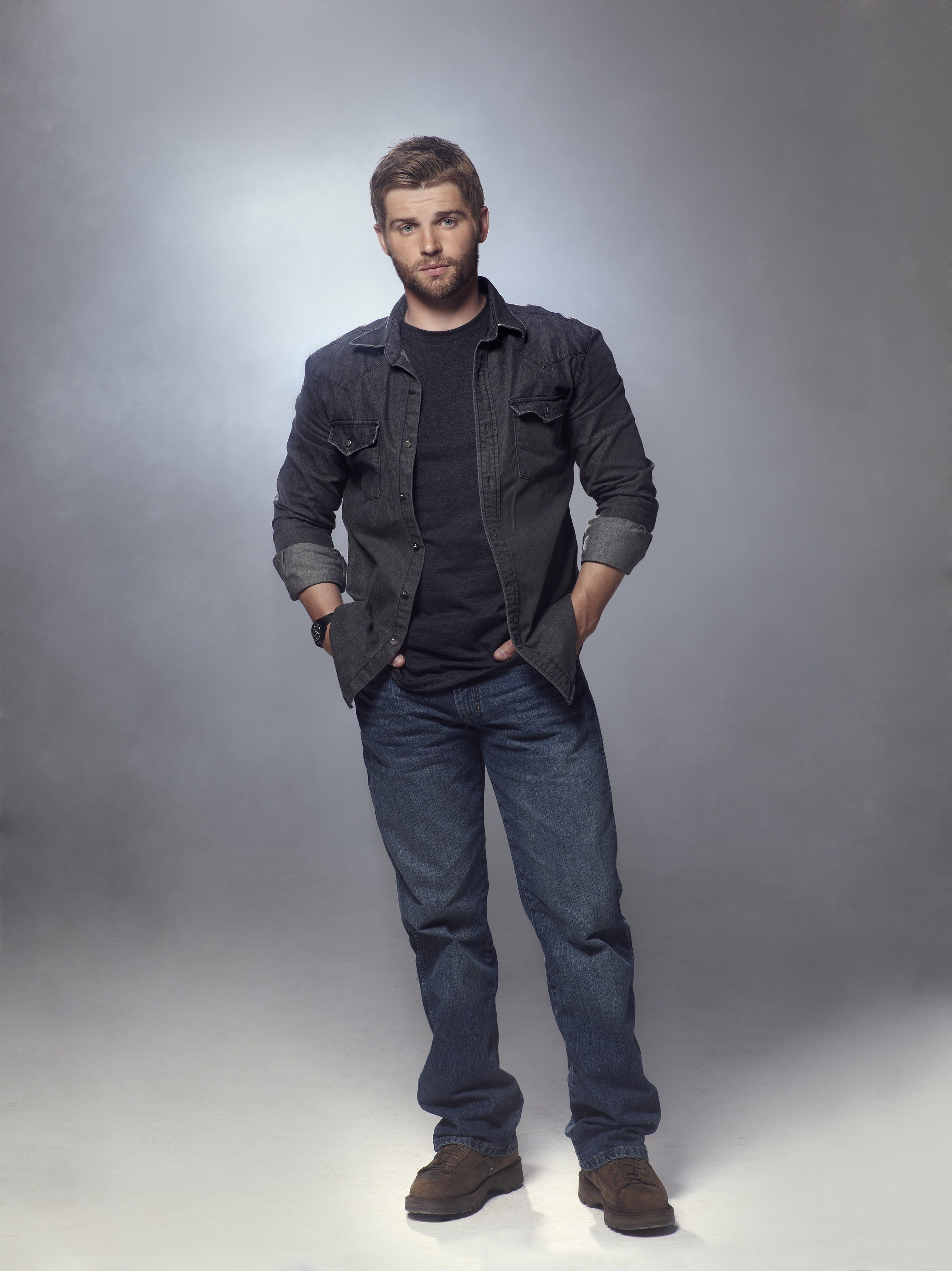 Mike Vogel HQ wallpapers
