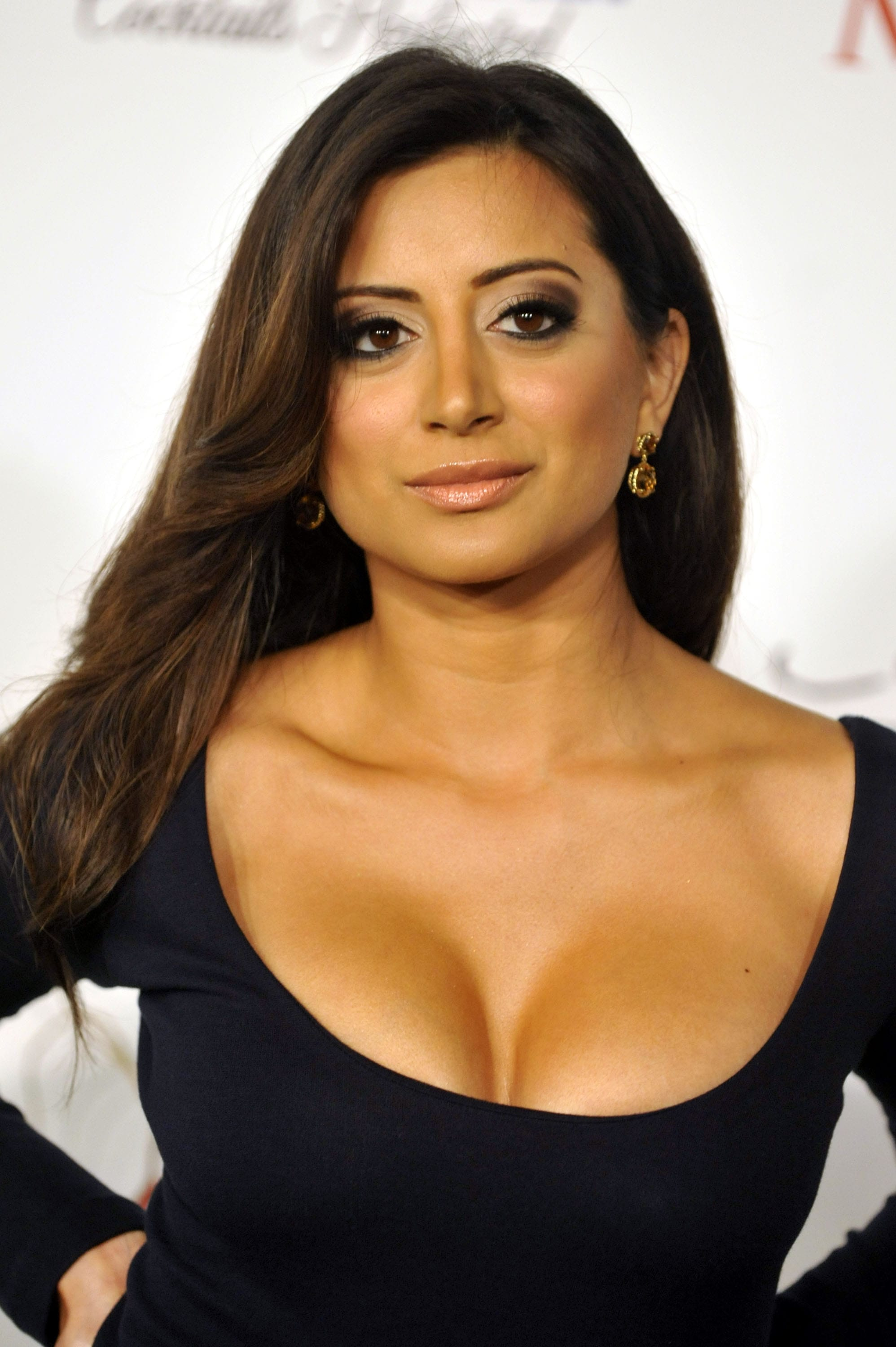 Noureen Dewulf HQ wallpapers