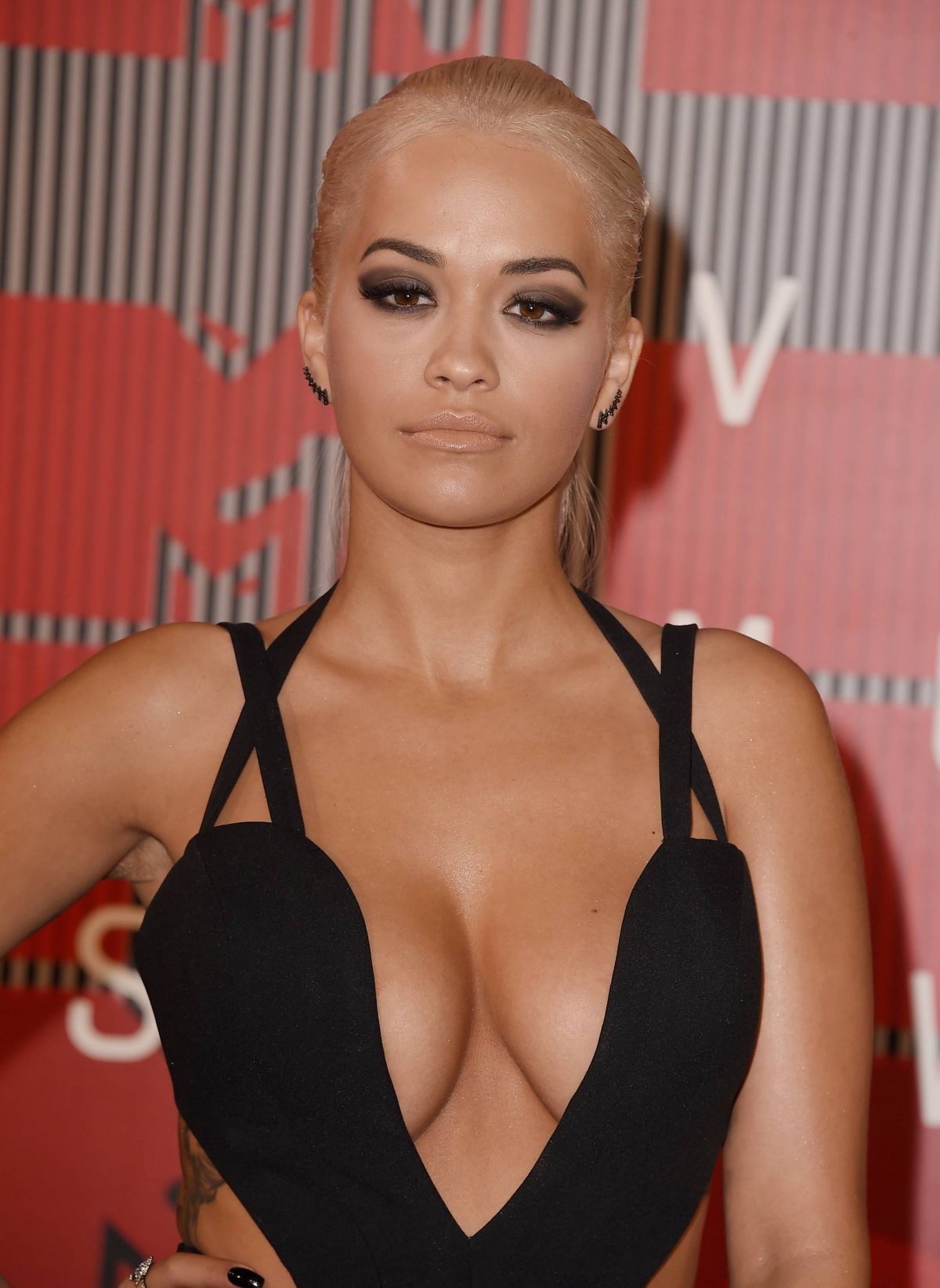 Rita Ora HQ wallpapers
