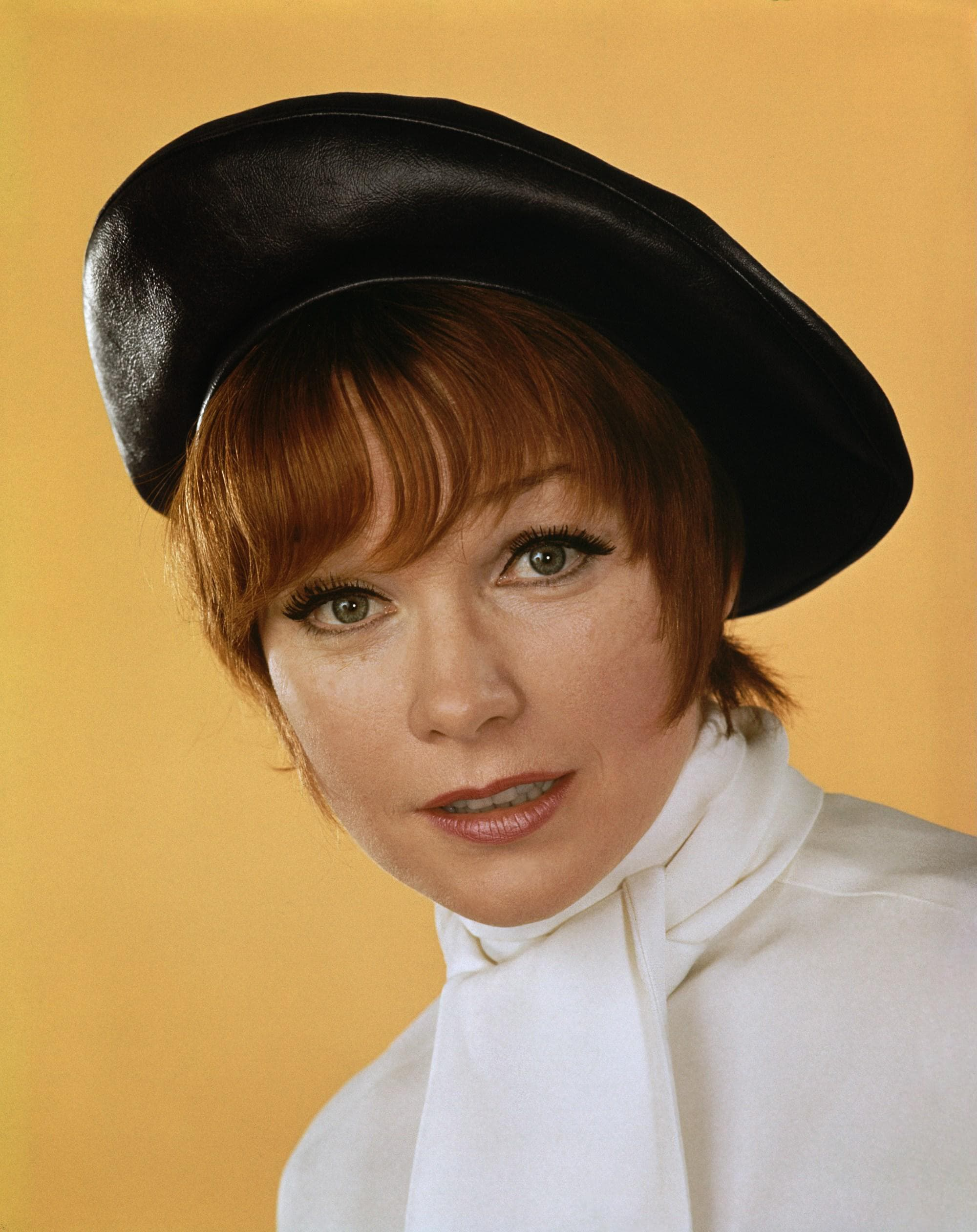 Shirley MacLaine HQ wallpapers