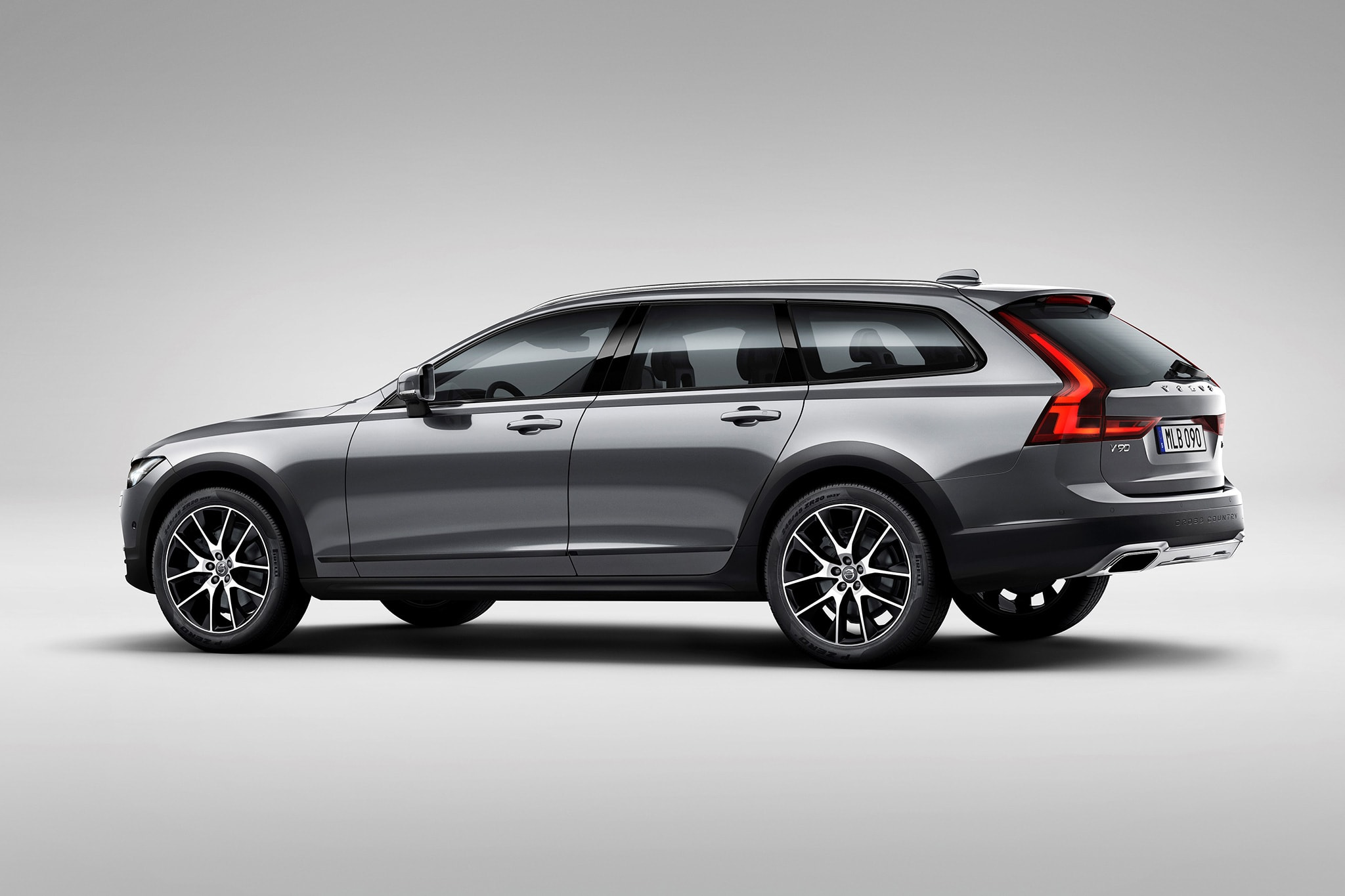 Volvo V90 Cross Country HQ wallpapers