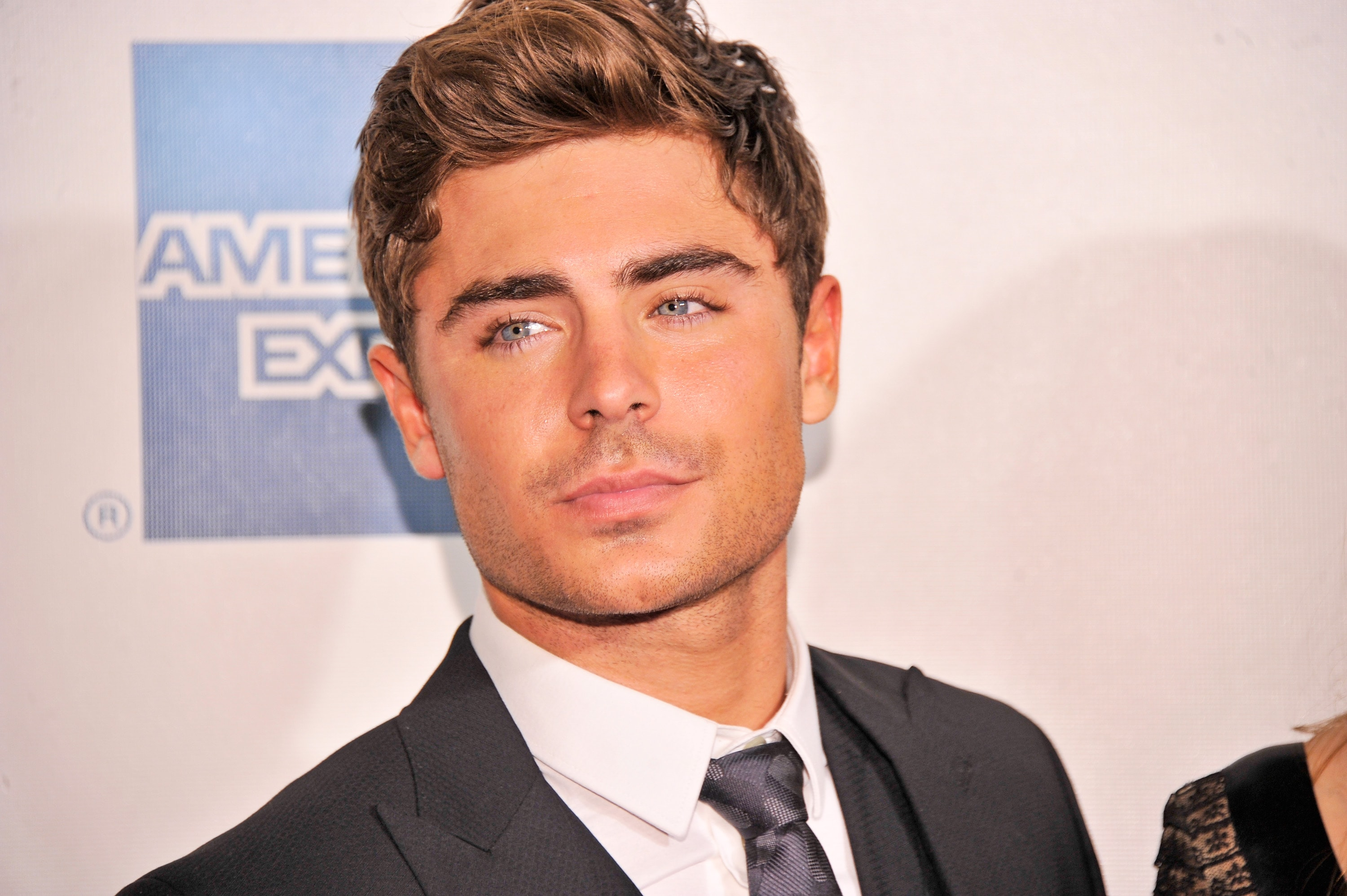 Zac Efron HQ wallpapers