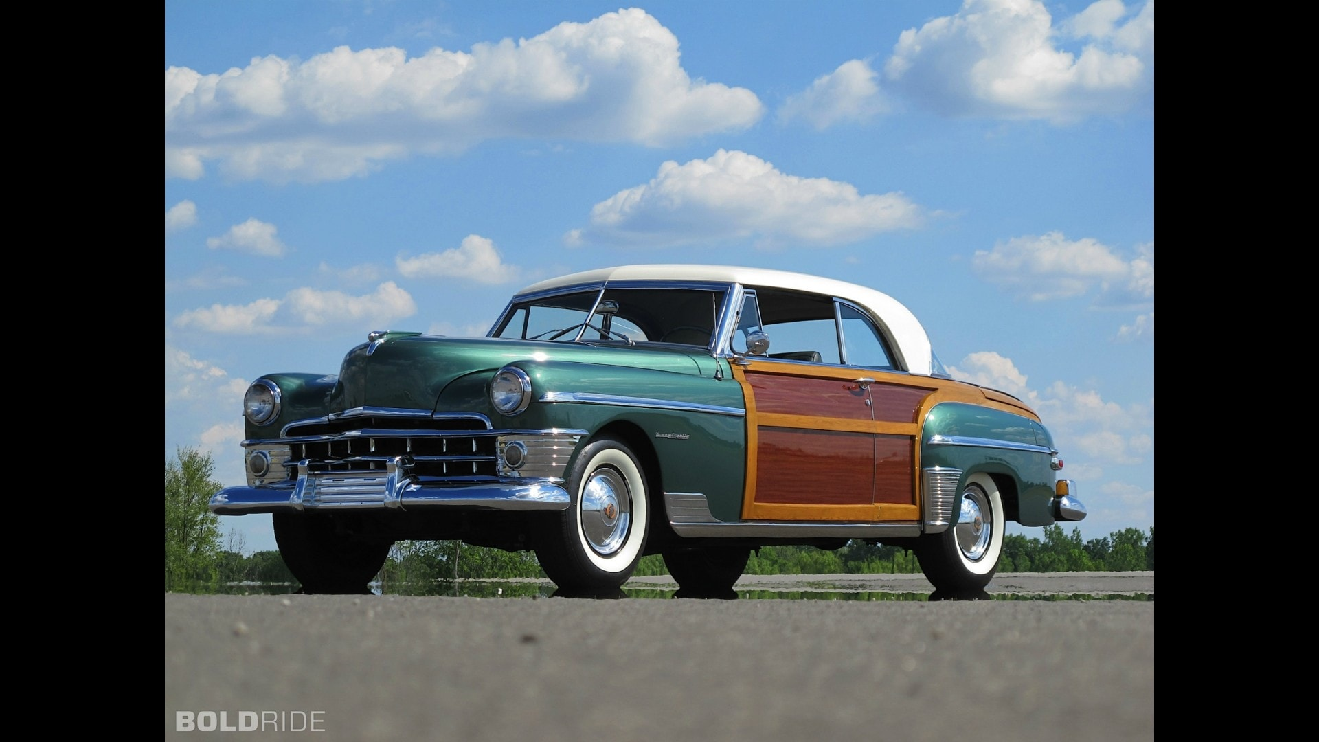 1950 Chrysler Town & Country Screensavers