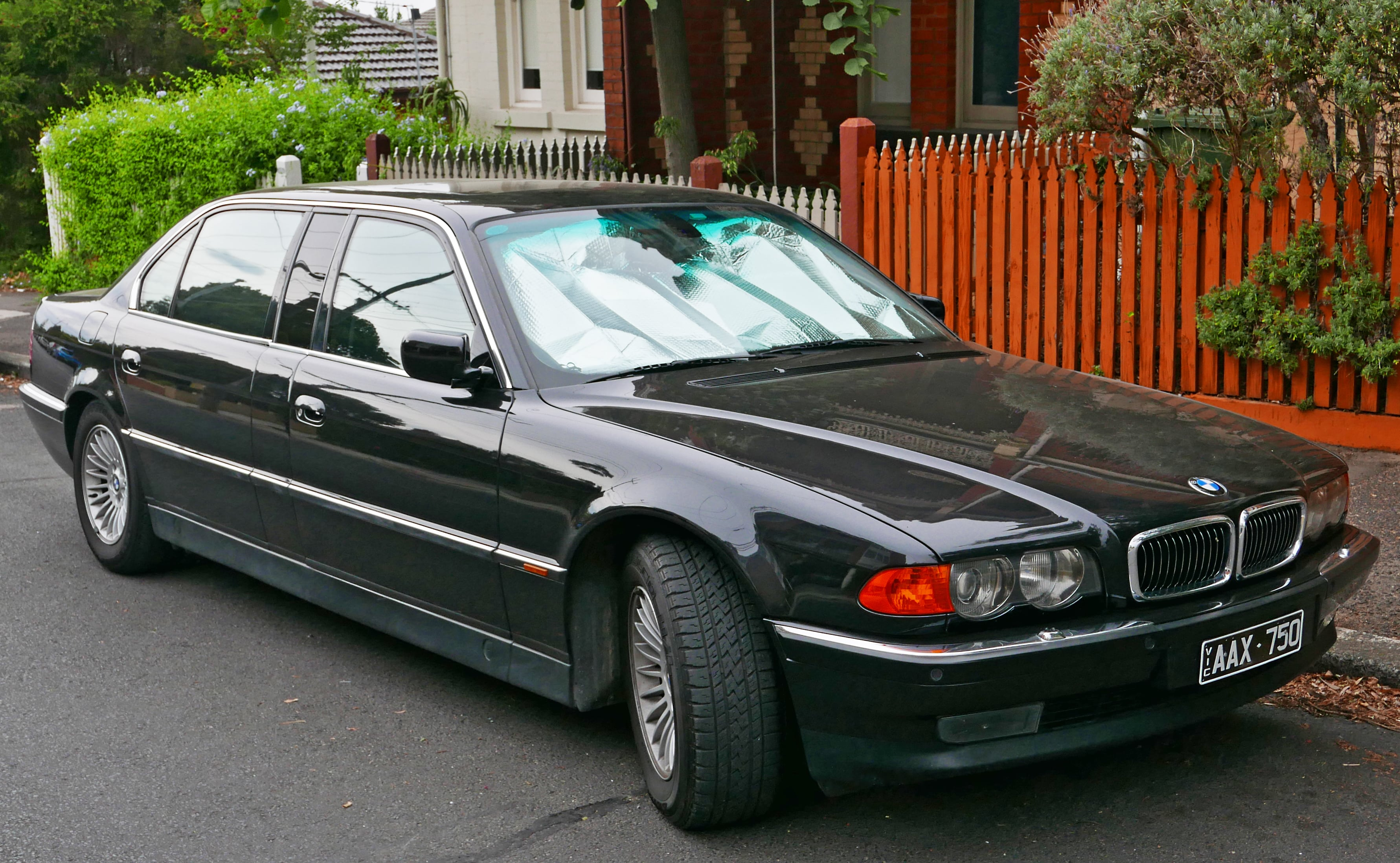 1995 BMW 7 Series HD pics