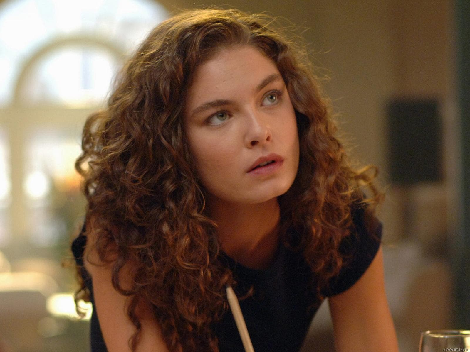 Alexa Davalos Screensavers