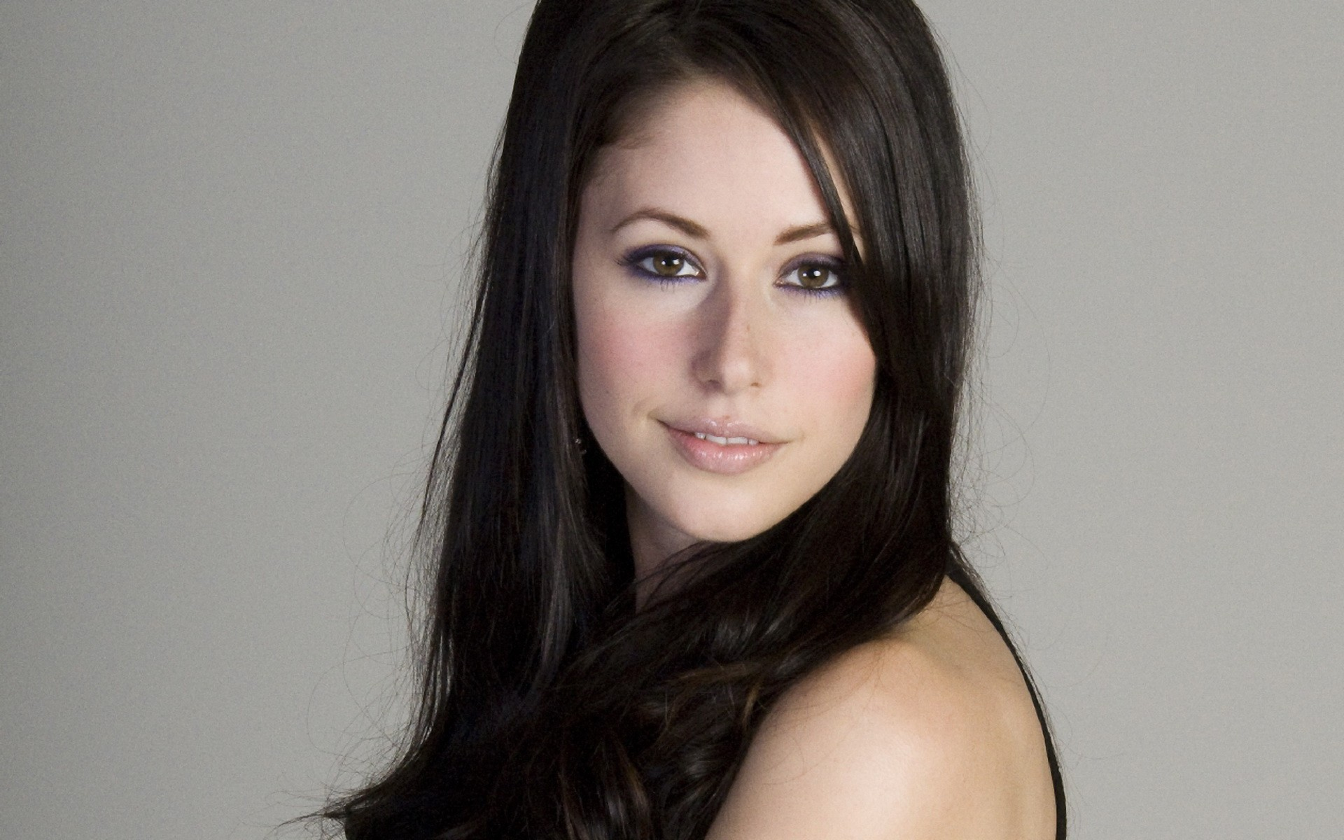 Amanda Crew Desktop wallpapers