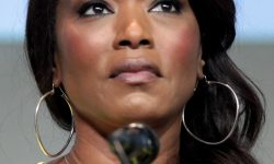 Angela Bassett Desktop wallpapers
