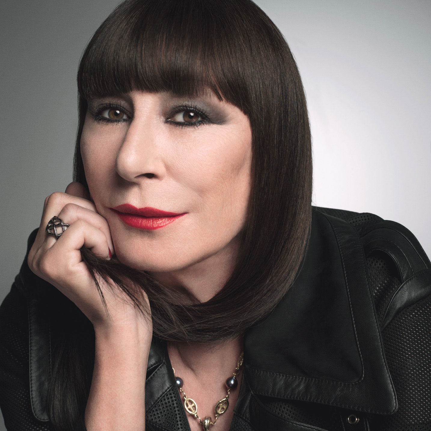 Anjelica Huston Desktop wallpapers