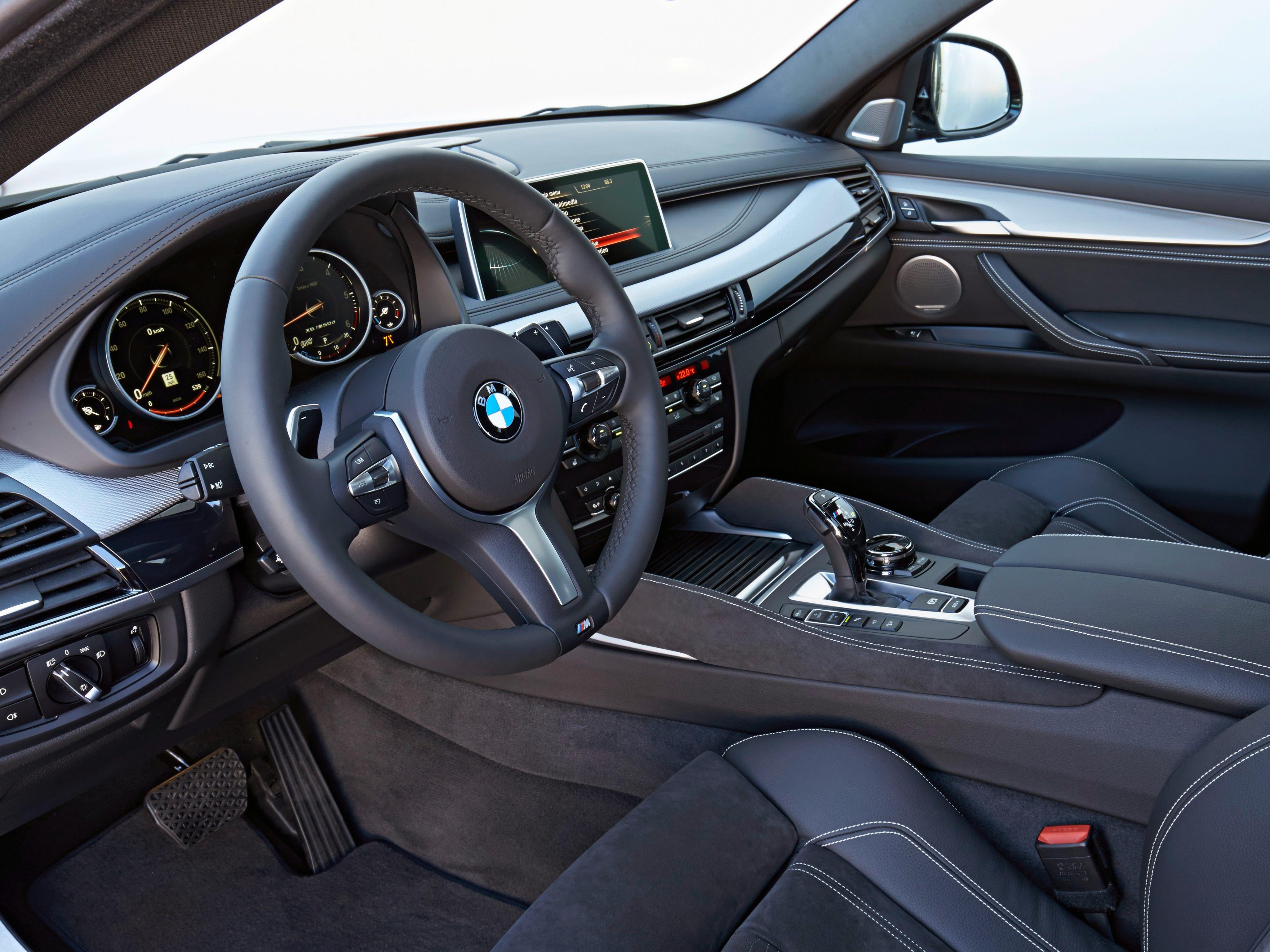 BMW X6 (F16) Screensavers