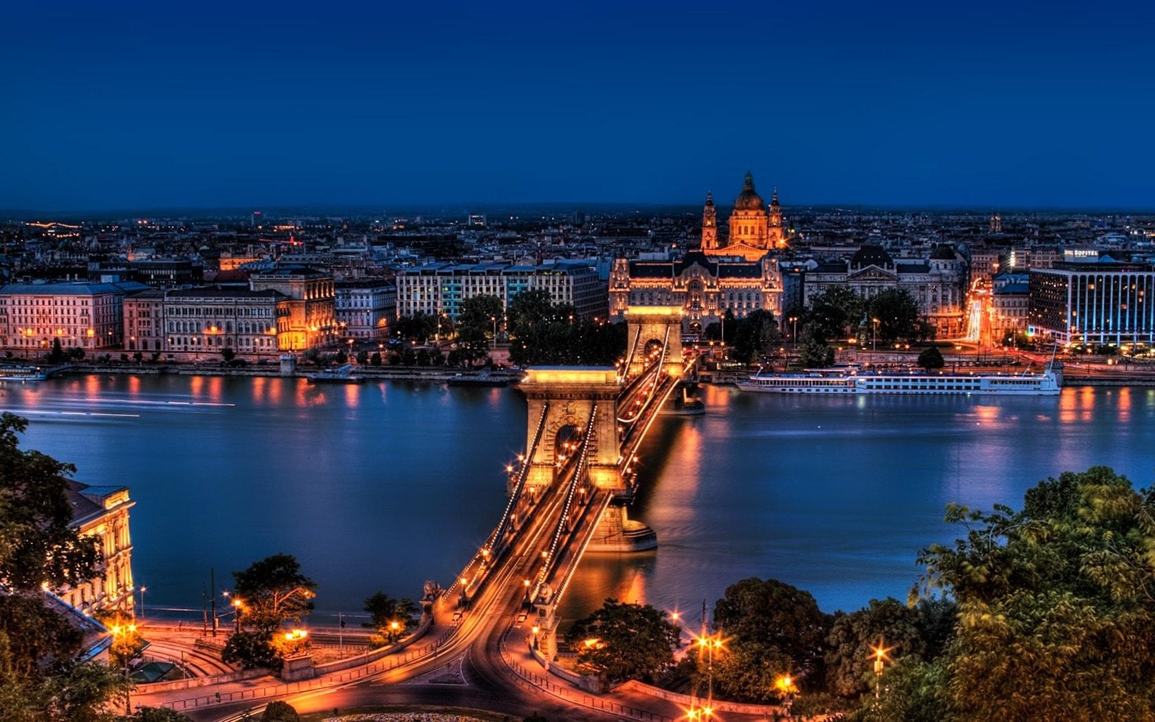 Budapest Desktop wallpapers