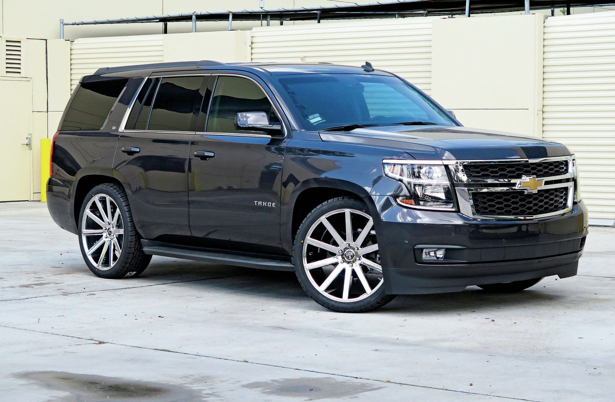 Chevrolet Tahoe 4 Desktop wallpapers