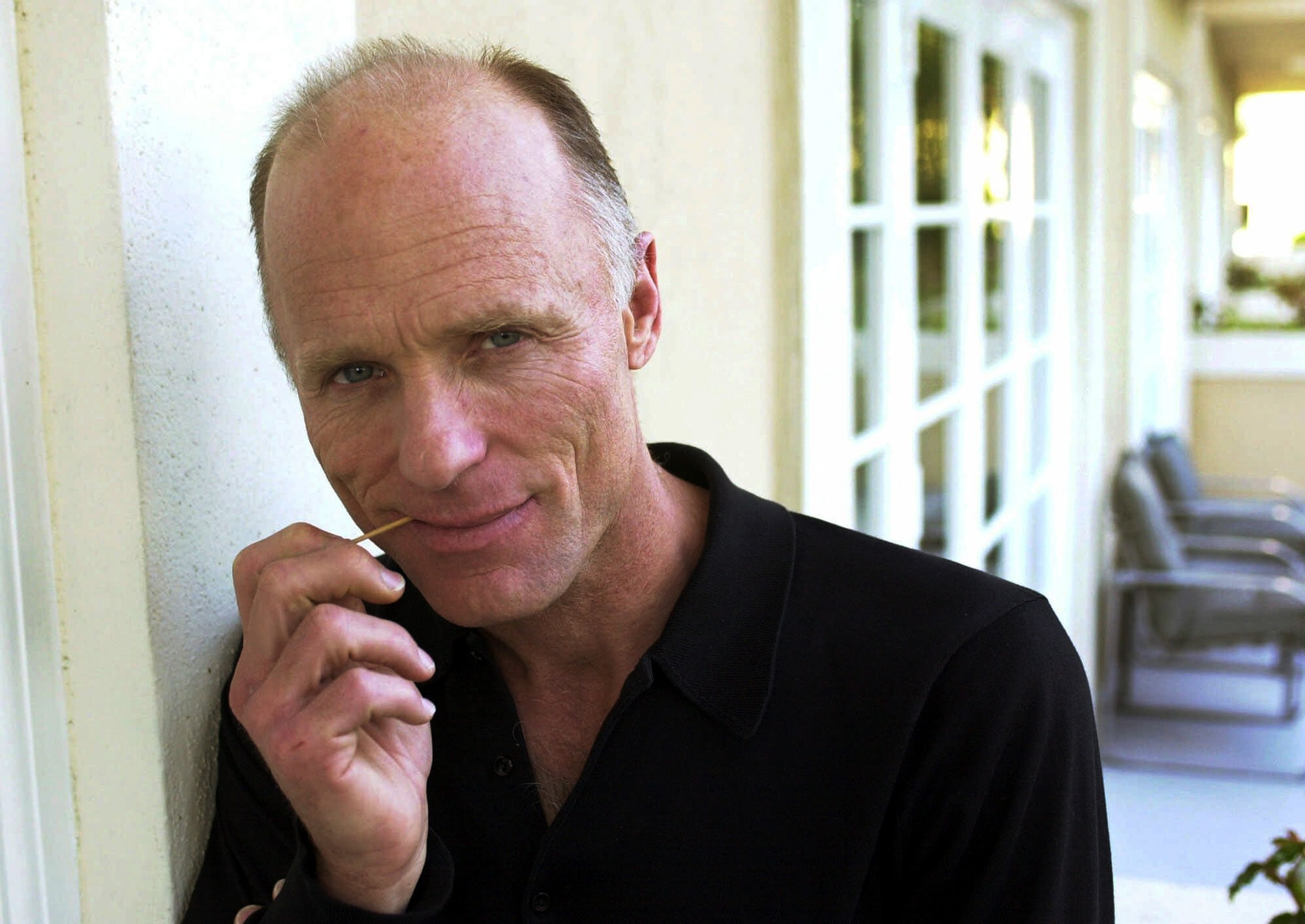 Ed Harris Background