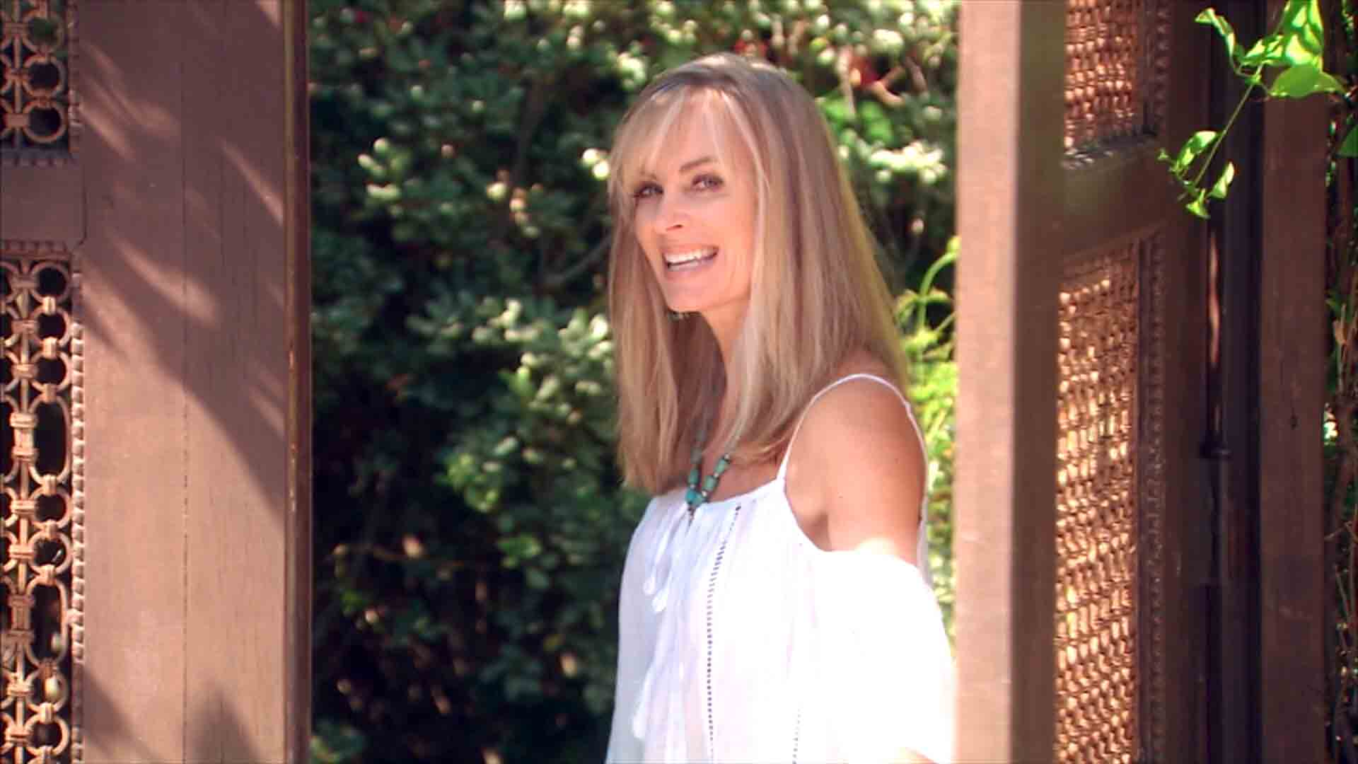 Eileen Davidson Screensavers