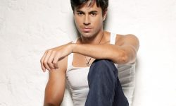 Enrique Iglesias Screensavers