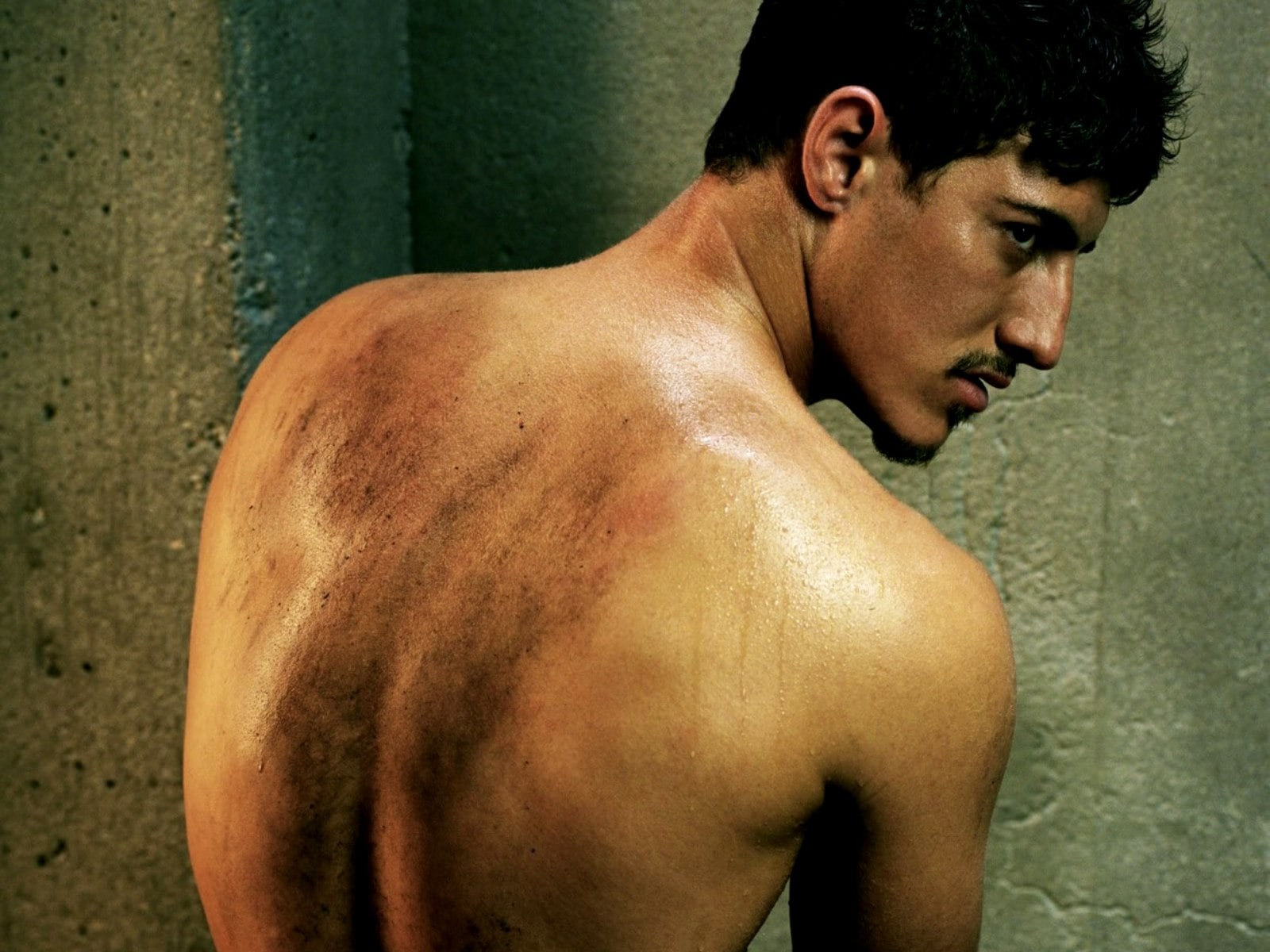 Eric Balfour Screensavers