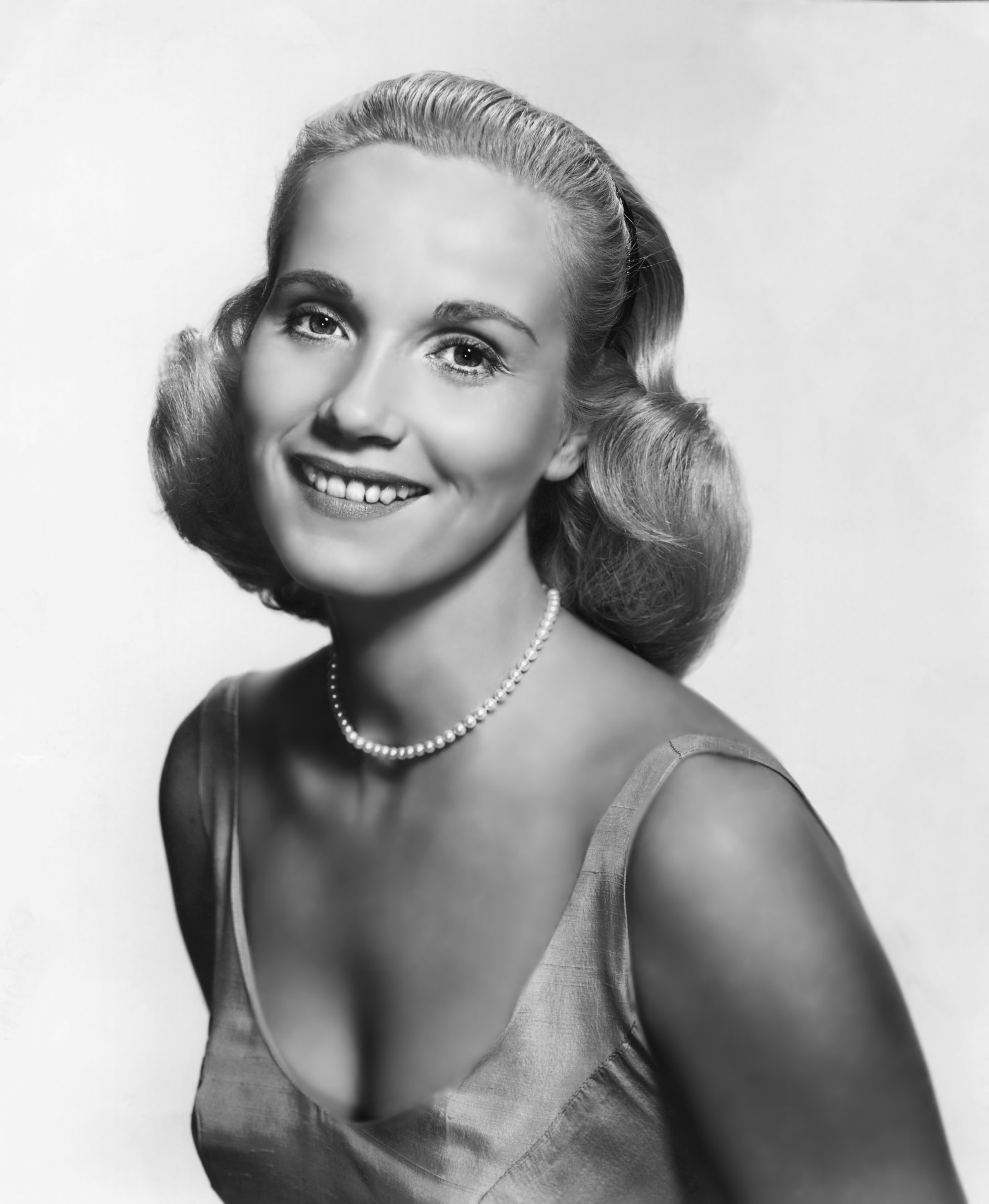 Eva Marie Saint Background