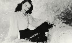 Gloria Vanderbilt Screensavers