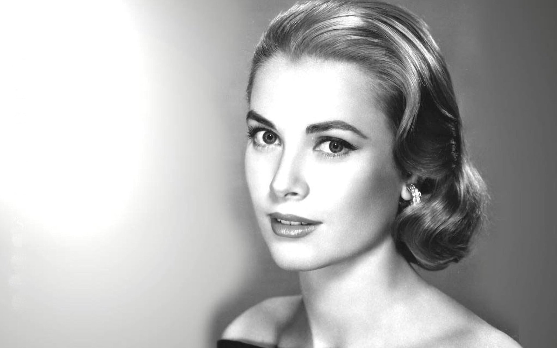 Grace Kelly Desktop wallpapers
