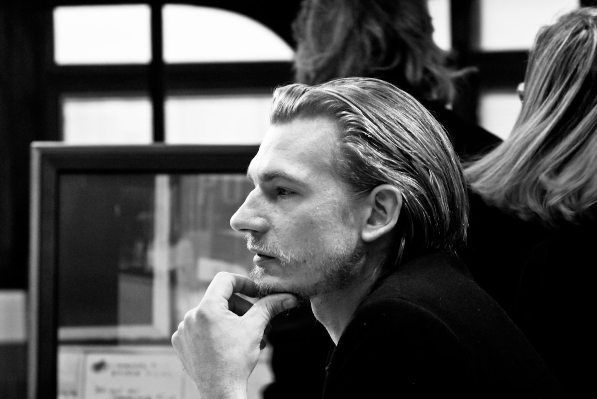 Guillaume Depardieu Screensavers