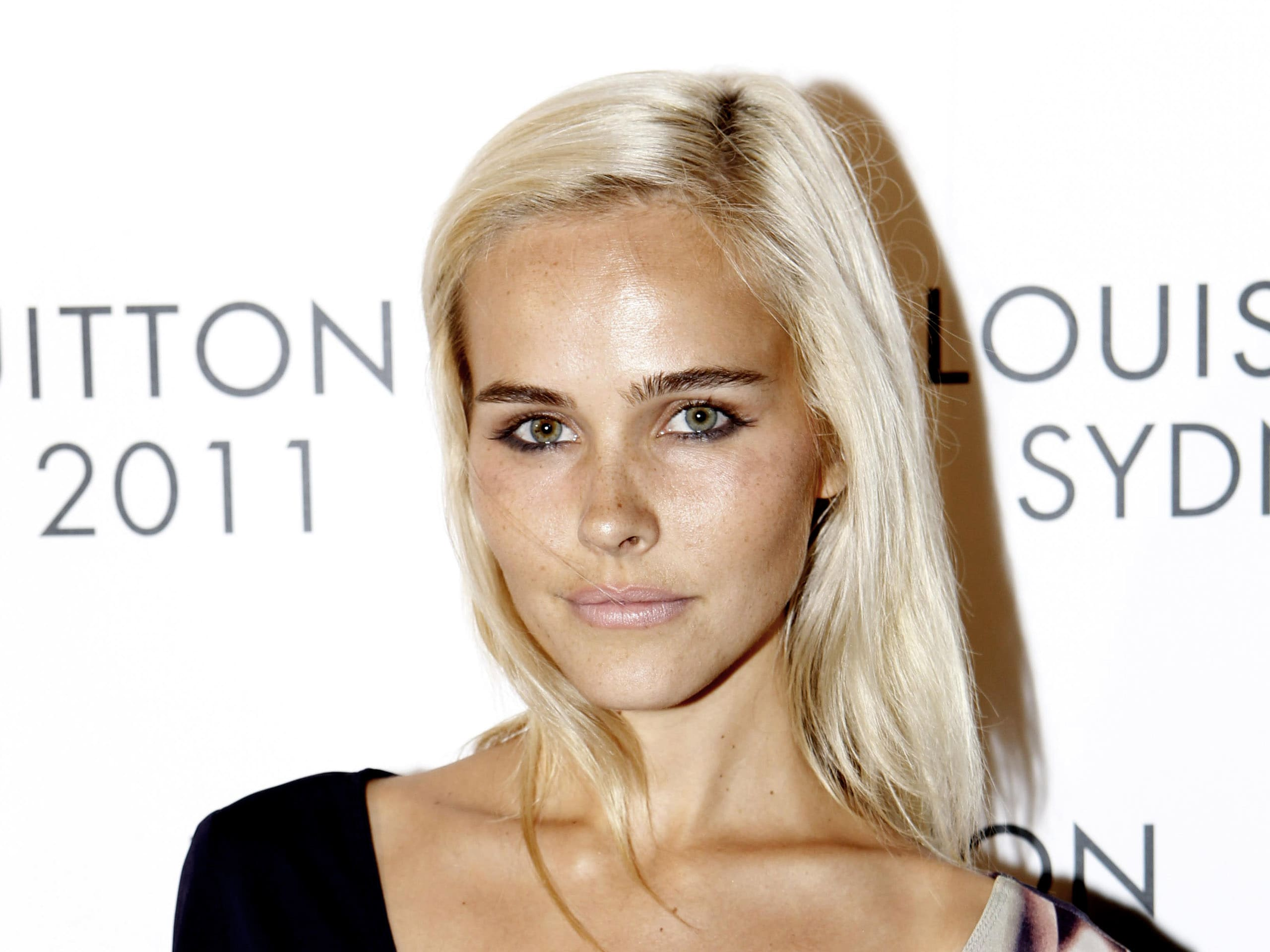 Isabel Lucas Desktop wallpapers