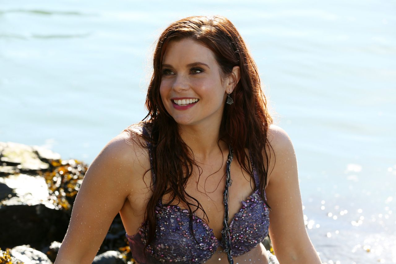 Joanna Garcia Screensavers