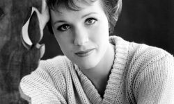 Julie Andrews Desktop wallpapers