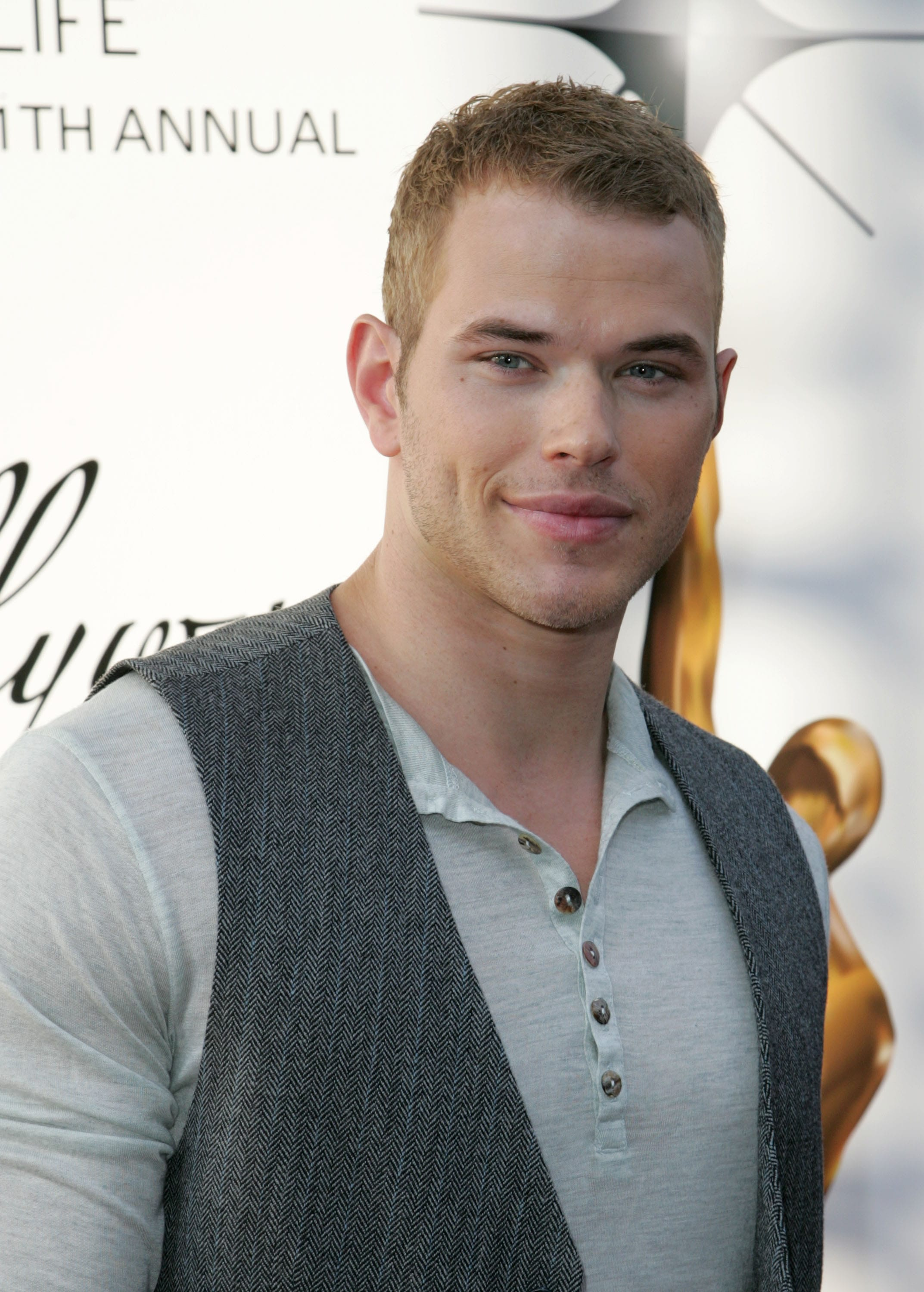 Kellan Lutz Desktop wallpapers