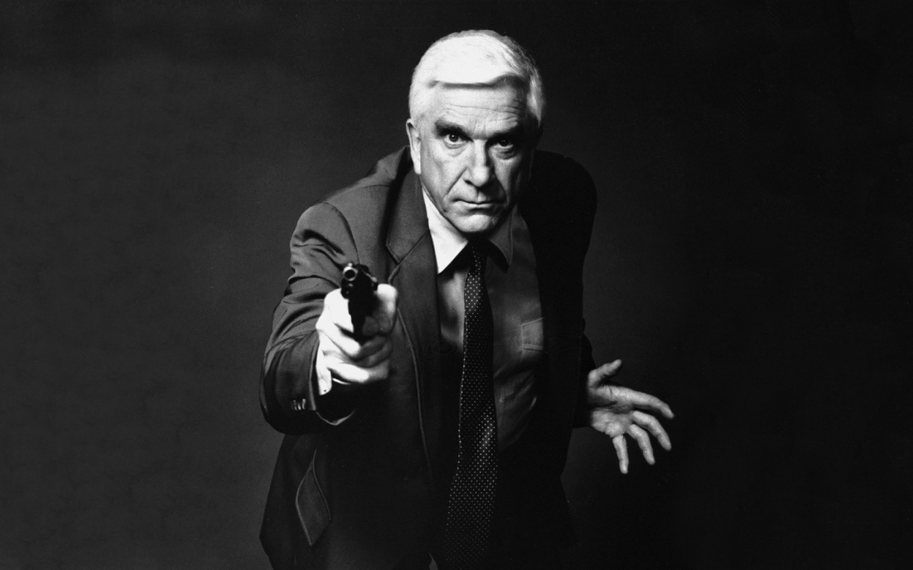 Leslie Nielsen Desktop wallpapers