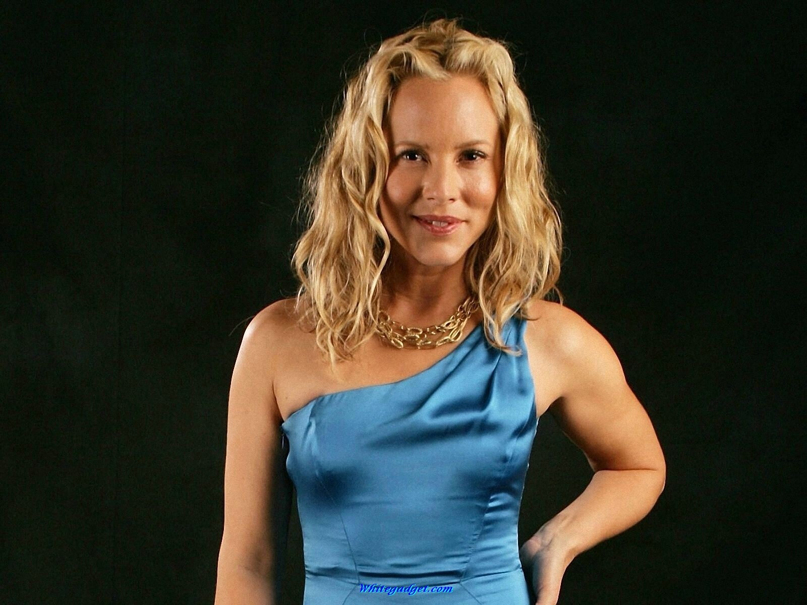 Maria Bello Desktop wallpapers