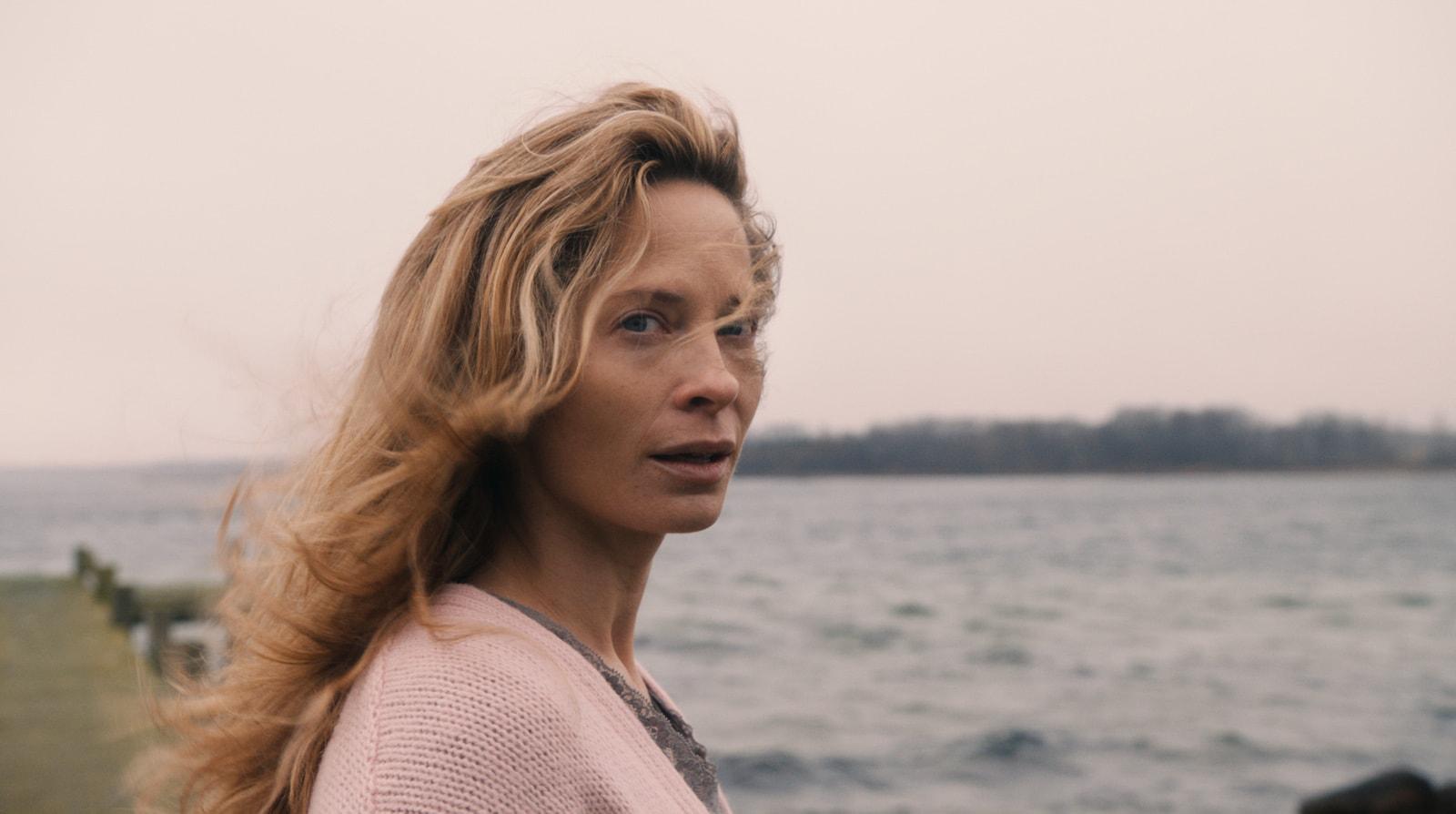Maria Bonnevie Screensavers