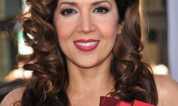 Maria Canals Barrera Background