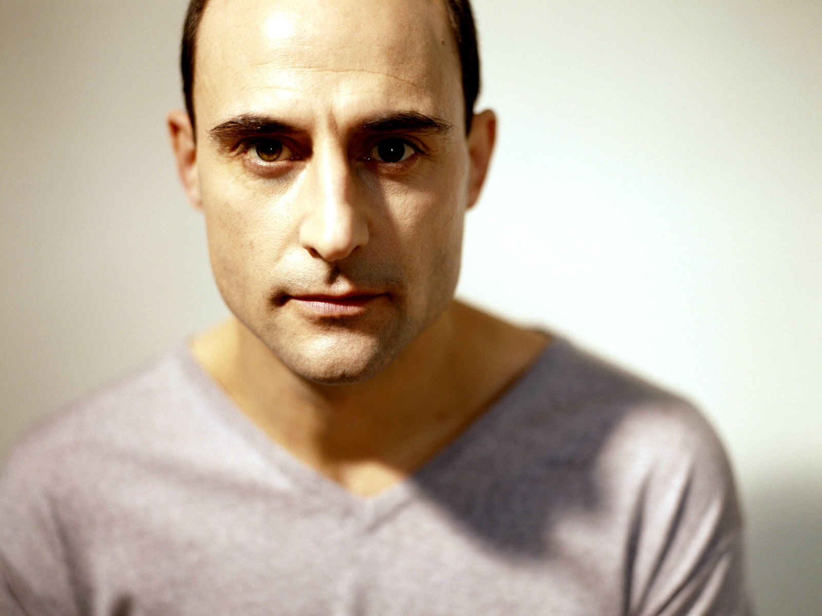 Mark Strong Desktop wallpapers